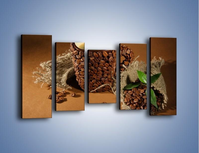 Obraz na płótnie – Kubek z ziarnami kawy – pięcioczęściowy JN388W2