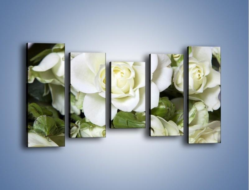 Obraz na płótnie – Białe róże na stole – pięcioczęściowy K131W2
