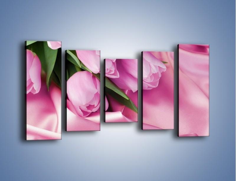 Obraz na płótnie – Atłas wśród tulipanów – pięcioczęściowy K152W2