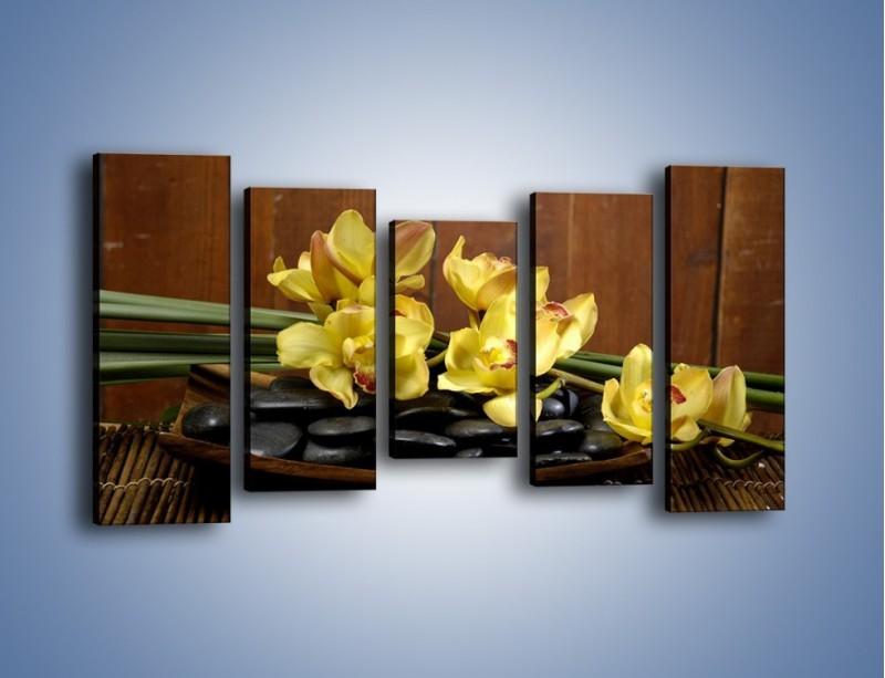 Obraz na płótnie – Kwiaty na drewnianym naczyniu – pięcioczęściowy K575W2