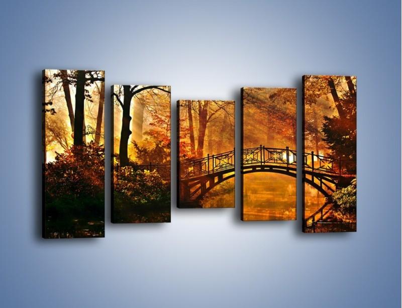Obraz na płótnie – Cudowny spacer jesienną porą – pięcioczęściowy KN1319AW2
