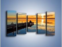 Obraz na płótnie – Bliskość na drewnianym pomoście – pięcioczęściowy KN1361AW2
