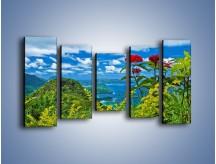 Obraz na płótnie – Bordowe kwiaty w górskim krajobrazie – pięcioczęściowy KN561W2