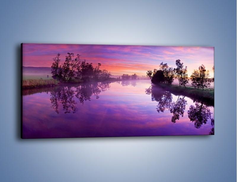 Obraz na płótnie – Fiolet w wodzie i na niebie – jednoczęściowy panoramiczny KN1046