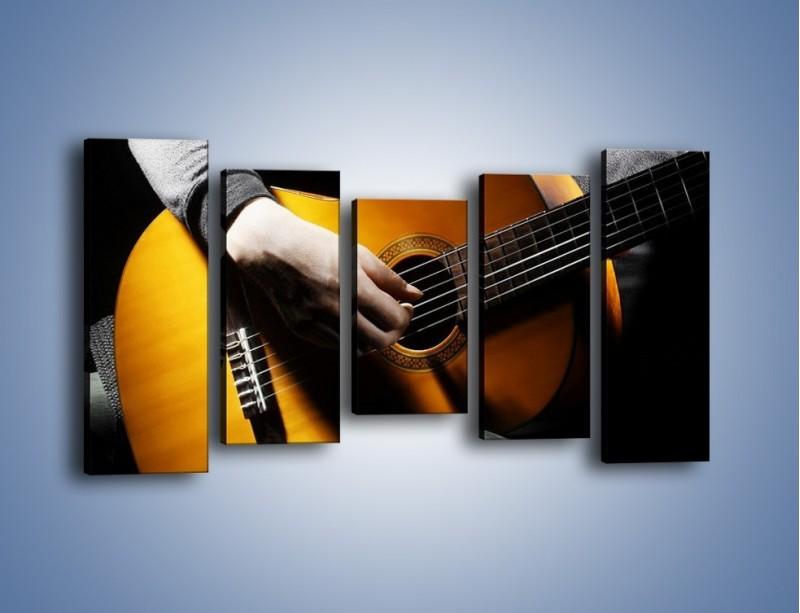 Obraz na płótnie – Chłopiec z gitarą – pięcioczęściowy O109W2