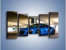 Obraz na płótnie – Audi R8 – pięcioczęściowy TM180W2