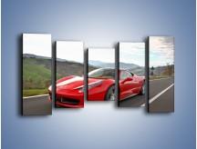 Obraz na płótnie – Czerwone Ferrari 458 Italia – pięcioczęściowy TM194W2