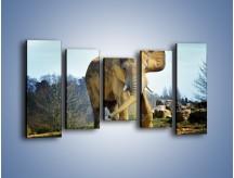 Obraz na płótnie – Ciężkie życie słonia – pięcioczęściowy Z273W2