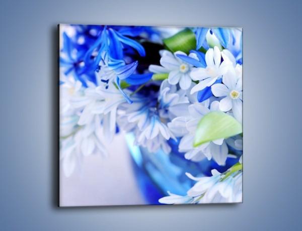 Obraz na płótnie – Kwiaty dla królowej śniegu – jednoczęściowy kwadratowy K004