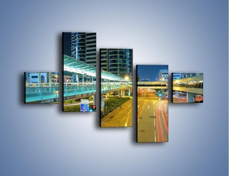 Obraz na płótnie – Droga na lotnisko w Japonii – pięcioczęściowy AM088W3