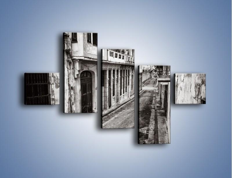 Obraz na płótnie – Urokliwa uliczka w starej części miasta – pięcioczęściowy AM124W3