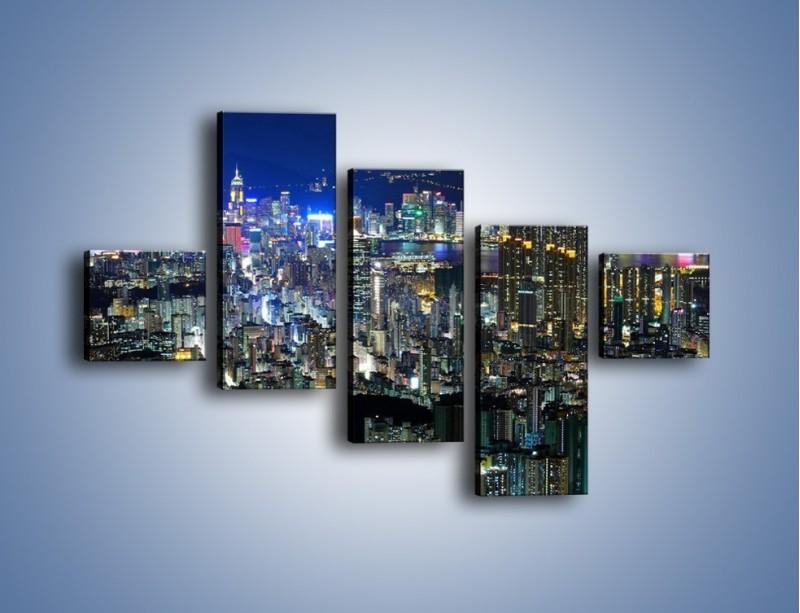 Obraz na płótnie – Nocne światła w dużym mieście – pięcioczęściowy AM144W3