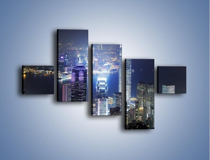 Obraz na płótnie – Miasto oświetlone nocą – pięcioczęściowy AM223W3