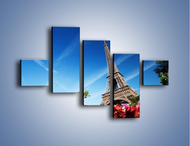 Obraz na płótnie – Wieża Eiffla pod błękitnym niebem – pięcioczęściowy AM379W3