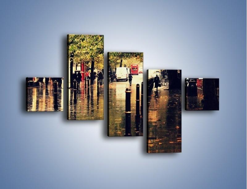 Obraz na płótnie – Deszczowa jesień w Moskwie – pięcioczęściowy AM383W3