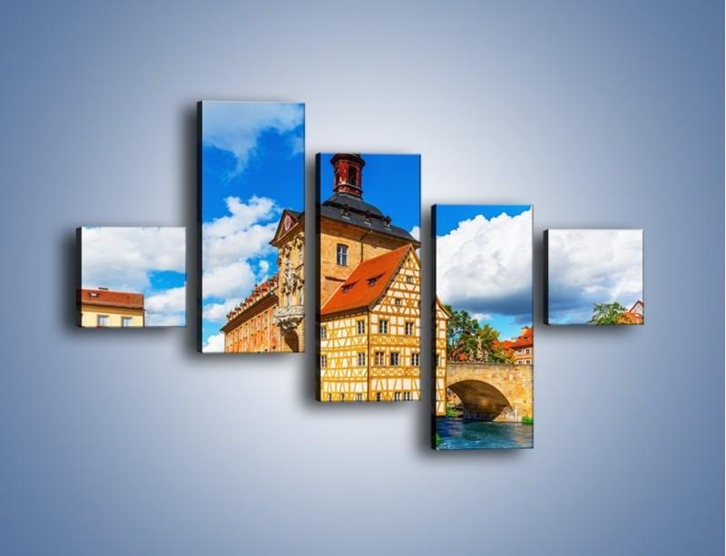 Obraz na płótnie – Ratusz w mieście Bamberg – pięcioczęściowy AM513W3