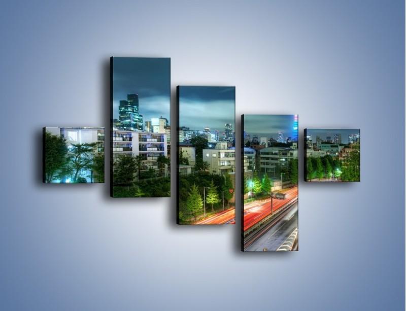 Obraz na płótnie – Miasto Roppongi w Japonii – pięcioczęściowy AM593W3