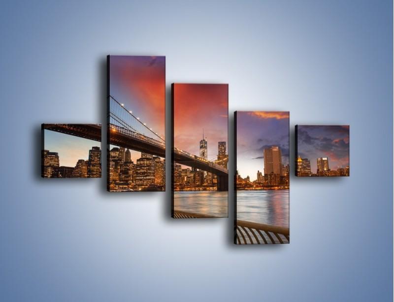 Obraz na płótnie – Zmierzch nad Mostem Brooklińskim – pięcioczęściowy AM793W3