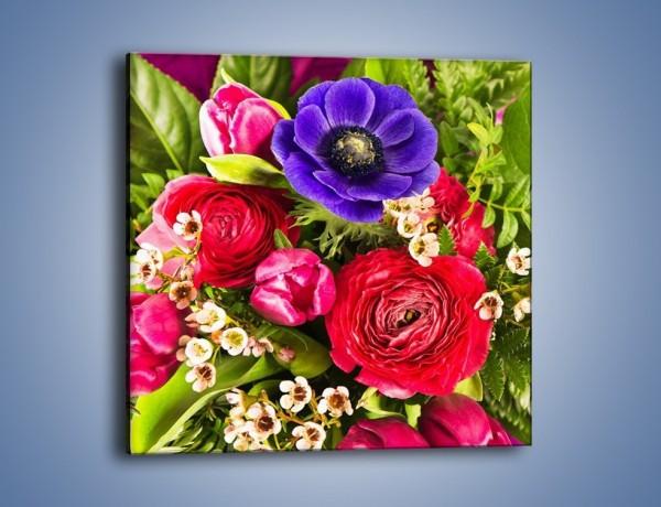 Obraz na płótnie – Wiązanka z kolorowych ogrodowych kwiatów – jednoczęściowy kwadratowy K035