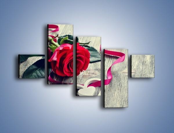 Obraz na płótnie – Od serca aż po różę – pięcioczęściowy K1013W3