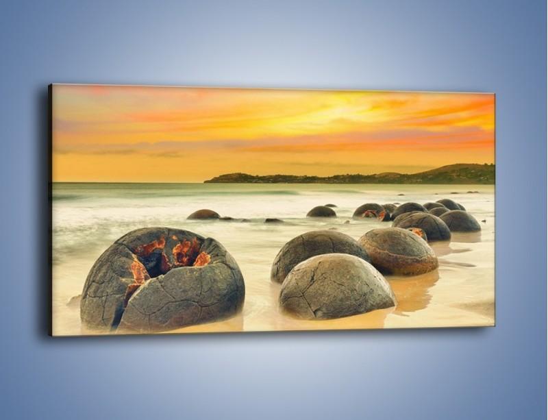 Obraz na płótnie – Popękane kamienne arbuzy – jednoczęściowy panoramiczny KN1125A