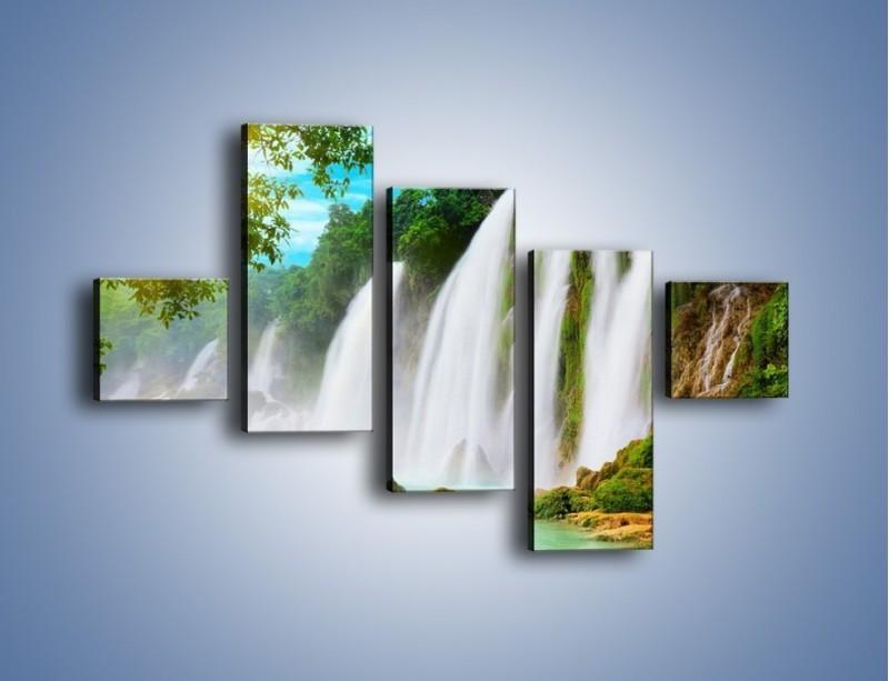 Obraz na płótnie – Wilgotny nawiew z wodospadu – pięcioczęściowy KN1138AW3