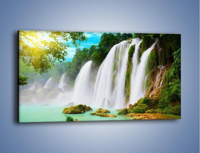 Obraz na płótnie – Wilgotny nawiew z wodospadu – jednoczęściowy panoramiczny KN1138A
