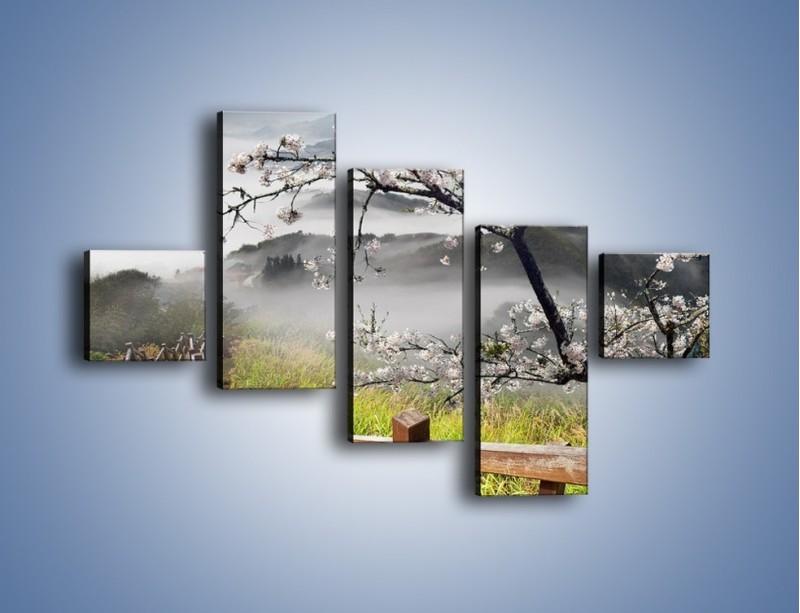 Obraz na płótnie – Drzewo wiśni i kręte schody – pięcioczęściowy KN698W3