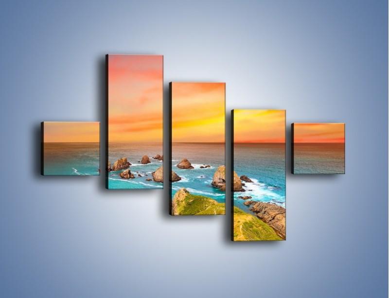Obraz na płótnie – Kolory rozpalonego nieba nad wodą – pięcioczęściowy KN879W3