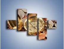 Obraz na płótnie – Kompas zatopiony w monetach – pięcioczęściowy O089W3