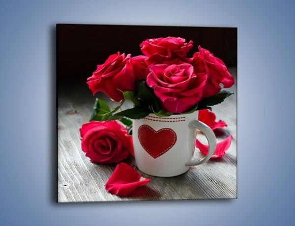 Obraz na płótnie – Kwiatuszki w miłosnym kubeczku – jednoczęściowy kwadratowy K1007