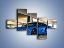 Obraz na płótnie – Audi R8 – pięcioczęściowy TM180W3