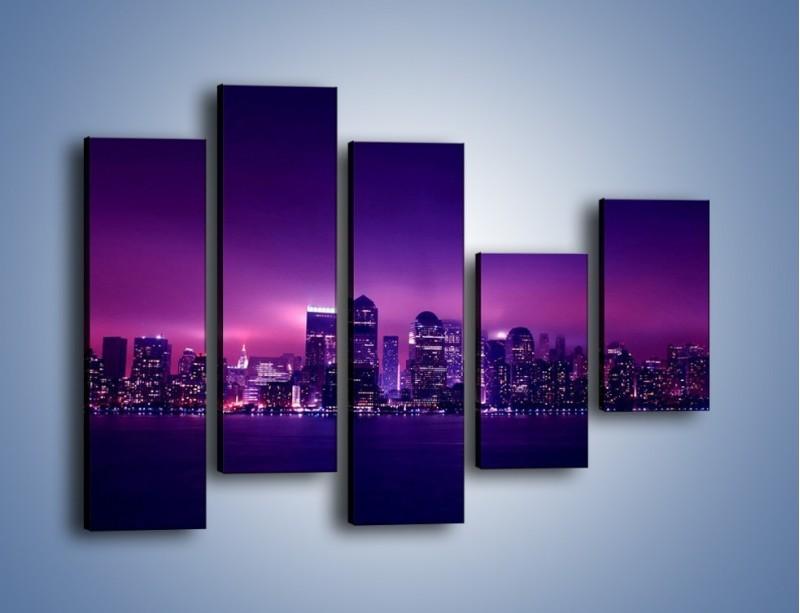 Obraz na płótnie – Wieżowce w odcieniach fioletu – pięcioczęściowy AM008W4