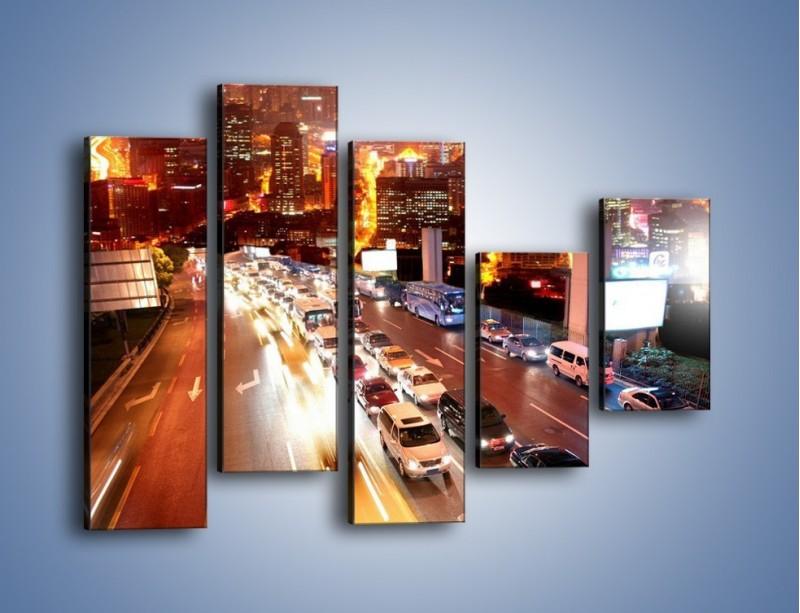Obraz na płótnie – Wyjazd z zatłoczonego miasta – pięcioczęściowy AM080W4