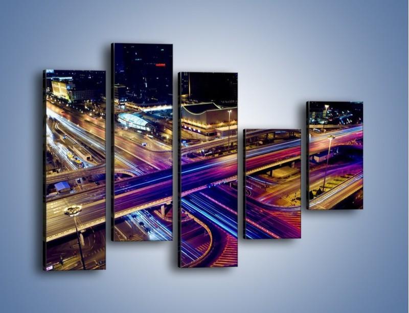 Obraz na płótnie – Skrzyżowanie autostrad nocą w ruchu – pięcioczęściowy AM087W4