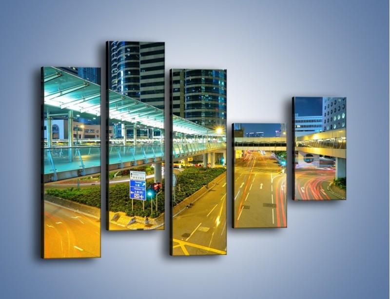 Obraz na płótnie – Droga na lotnisko w Japonii – pięcioczęściowy AM088W4