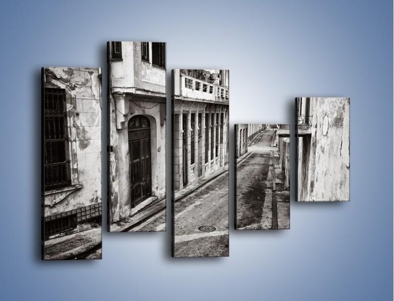 Obraz na płótnie – Urokliwa uliczka w starej części miasta – pięcioczęściowy AM124W4
