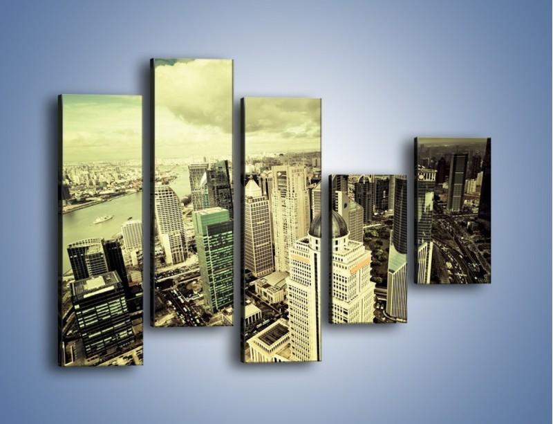 Obraz na płótnie – Ciemne chmury nad miastem – pięcioczęściowy AM130W4