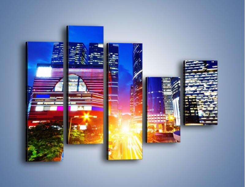 Obraz na płótnie – Miasto w żywych kolorach – pięcioczęściowy AM131W4