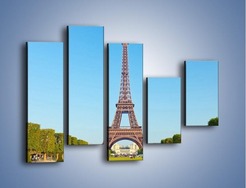 Obraz na płótnie – Wieża Eiffla pod błękitnym niebem – pięcioczęściowy AM171W4