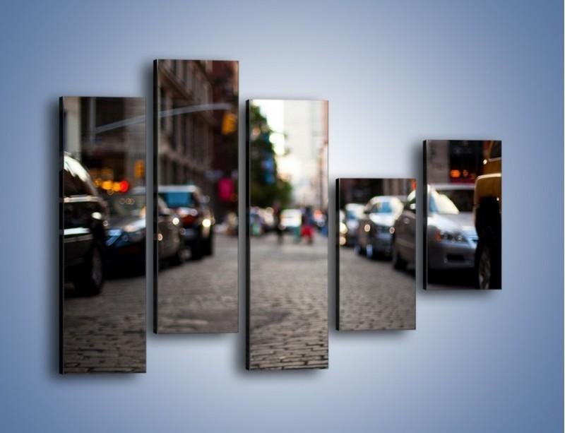 Obraz na płótnie – Rozmyty świat centrum miasta – pięcioczęściowy AM367W4