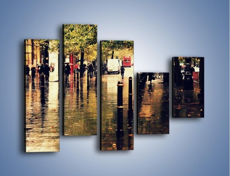 Obraz na płótnie – Deszczowa jesień w Moskwie – pięcioczęściowy AM383W4