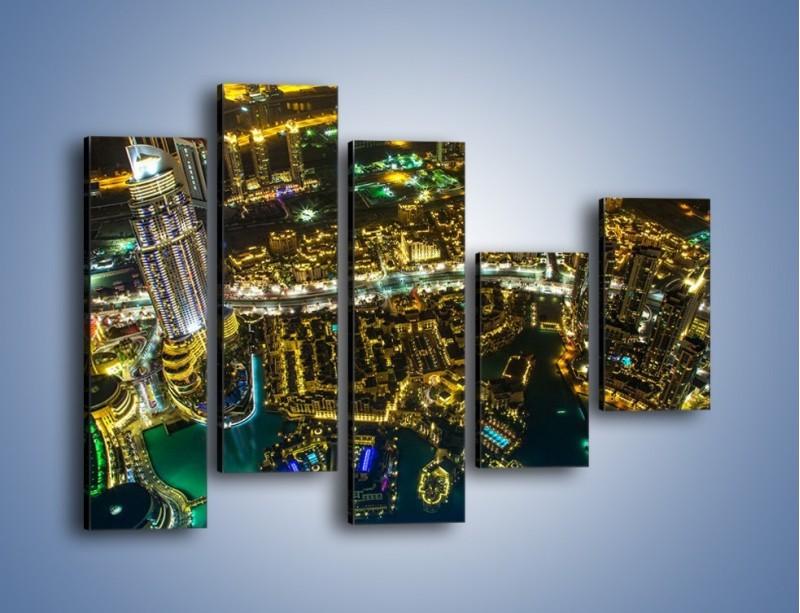 Obraz na płótnie – Dubaj nocą z lotu ptaka – pięcioczęściowy AM507W4