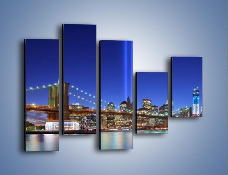 Obraz na płótnie – Świetlne kolumny w Nowym Jorku – pięcioczęściowy AM757W4