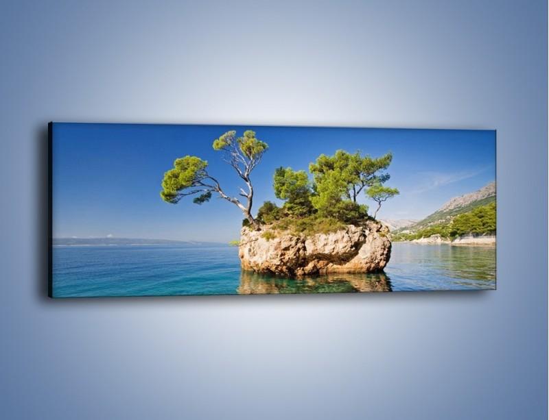 Obraz na płótnie – Skarpa na przezroczystej wodzie – jednoczęściowy panoramiczny KN1198A