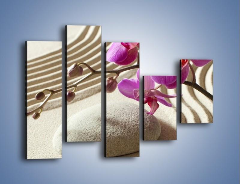 Obraz na płótnie – Wzór na piasku i kwiat – pięcioczęściowy K432W4