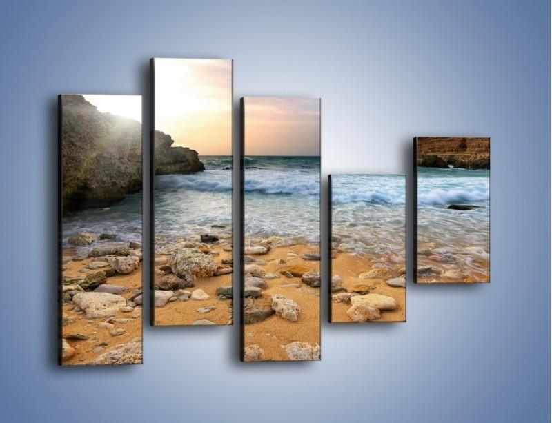 Obraz na płótnie – Kamienista plaża o poranku – pięcioczęściowy KN043W4