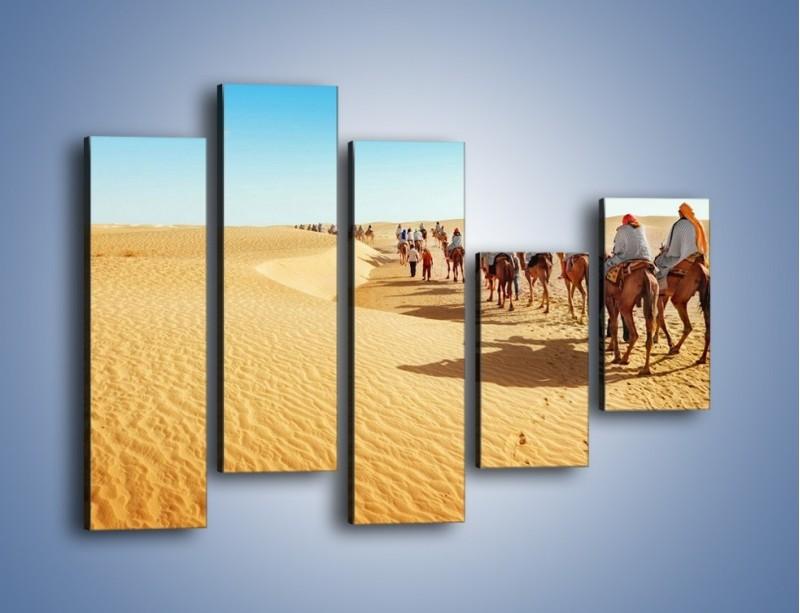 Obraz na płótnie – Szła karawana przez pustynię – pięcioczęściowy KN1173AW4