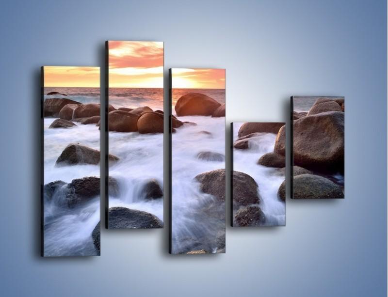 Obraz na płótnie – Kamienie zatopione w morzu – pięcioczęściowy KN930W4