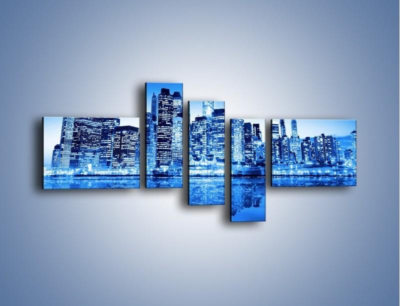 Obraz na płótnie – Odbicie miasta w tafli wody – pięcioczęściowy AM004W5